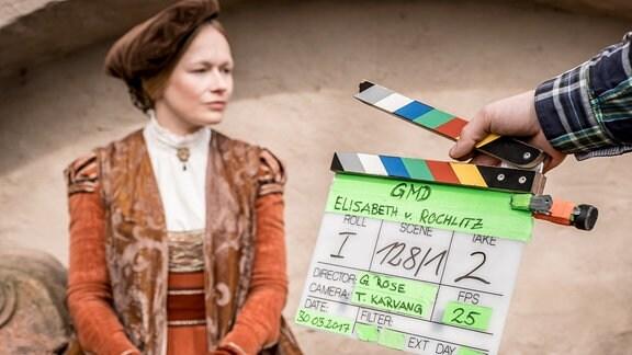 Ein Foto von den laufenden Dreharbeiten zur neuen Staffel der MDR Historik-Serie (Die Geschichte Mitteldeutschlands, Elisabeth von Rochlitz) in Rochlitz.