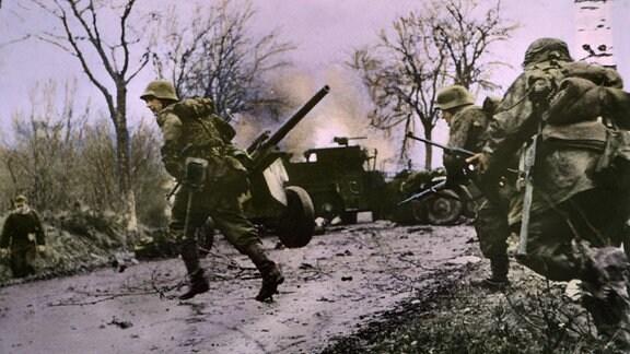 Grenadiere der Waffen-SS im Januar 1945 in den Ardennen