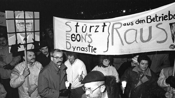 Die Gruppe der 20 ruft zur Montagsdemo am 4.12.1989.
