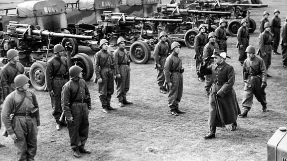 Inspektion eines Flugabwehrbataillons anlässlich der polnischen Mobilmachung, 1939