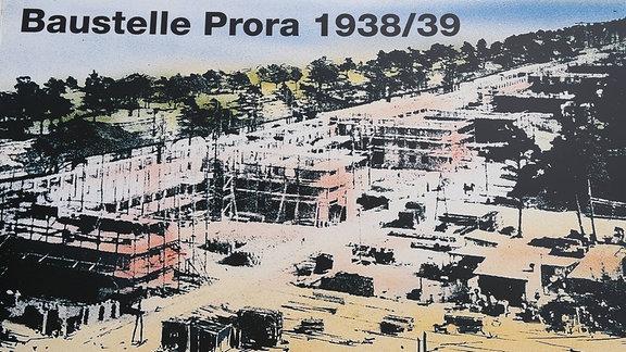 Aufstellerbild am NVA Museum in Prora - umbau eines Teilabschnitts der 1936 begonnenen KdF-Ferienanlage Prora zu Ferienwohnungen und einem Hotel