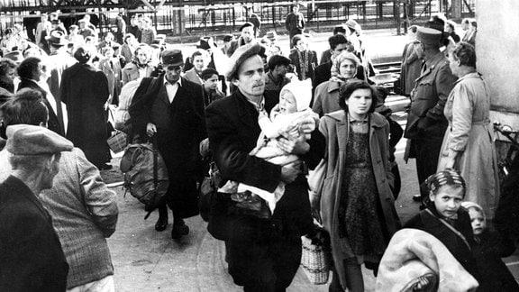Massenflucht aus Ungarn 1956 nach dem Aufstand