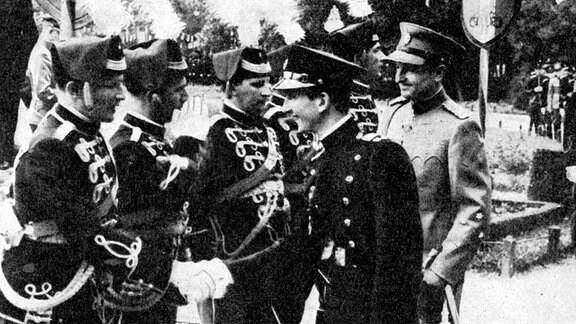 Prinzregent Paul und König Peter II von Jugoslawien 1940 in Belgrad
