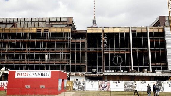 Rückbau des Palastes der Republik in Berlin.