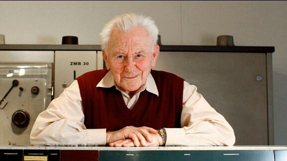 Rolf Kutschbach, Vater des R300, des ersten Computers der DDR.