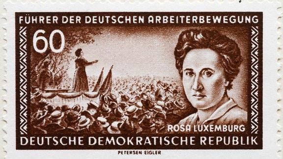 Porträt von Rosa Luxemburg auf einer Briefmarke