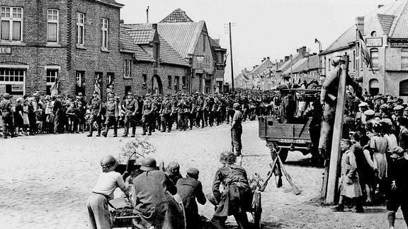 Kapitulation der deutschen Truppen am 11. Mai in Dünkirchen