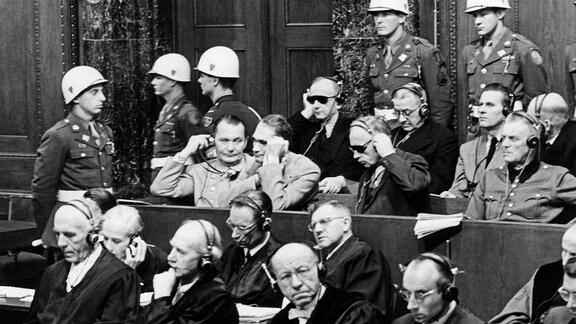 Die Angeklagten im Nürnberger Kriegsverbrecherprozess