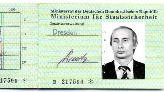 Stasi Ausweis Putin