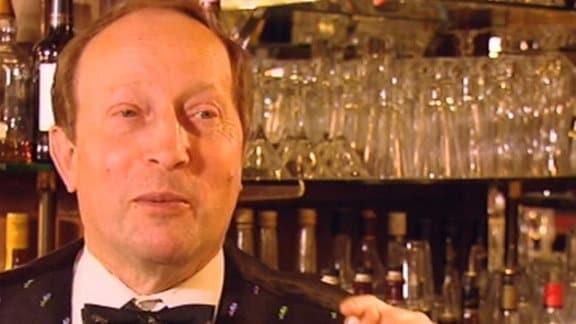 Barkeeper Bernd Beyer
