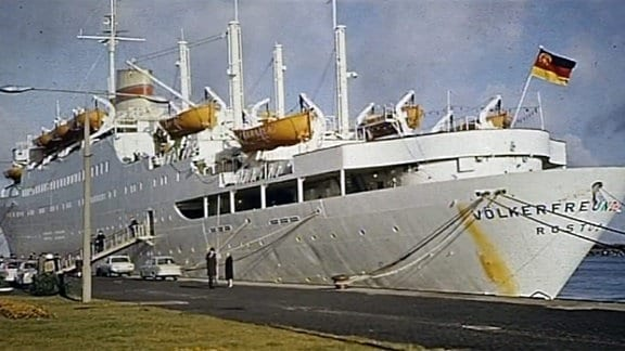 DDR-Kreuzfahrtschiff MS Völkerfreundschaft