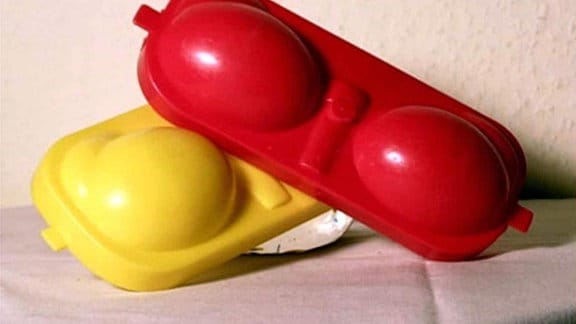 eierträger rot gelb