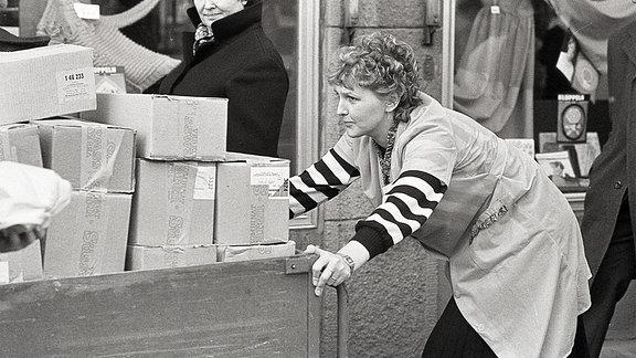 Arbeitende Frau in der DDR