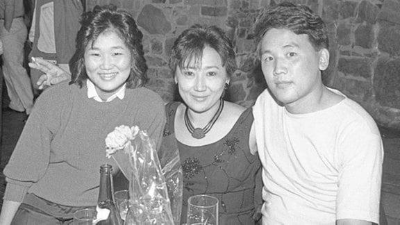 Ausgezeichnete Studenten aus der Mongolei, Ende der achtziger Jahre