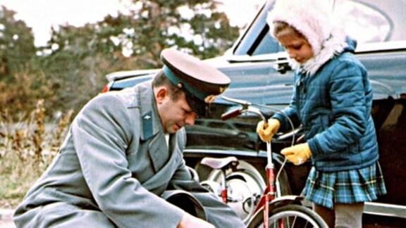 Gagarin mit Elena