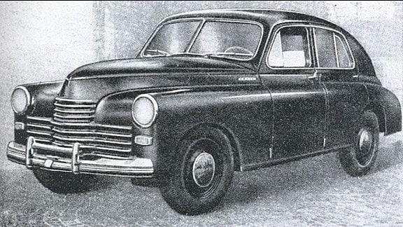 """schwarzweiß-Aufnahme Wagen Typ """"Warszwa M20"""""""