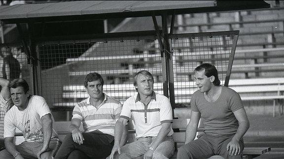 Joachim Streich (Mitte)