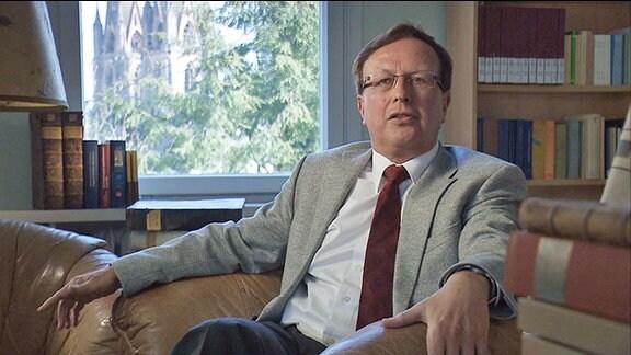 Christoph Friedrich in seinem Büro
