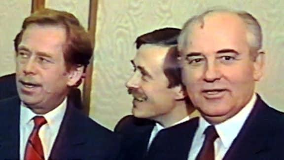 Vaclav Havel und Michail Gorbatschow