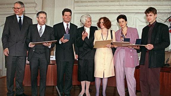 Hildegard Hamm-Brücher mit Jens Reich, Christian Führer, Joachim Gauck, Anetta Kahane, Ulrike Poppe und David Gill