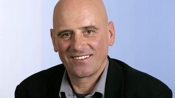 Schon in früher Jugend galt der am 18. Dezember 1952 in Chemnitz geborene Wolfgang Lötzsch als eines der größten Radsport-Talente der DDR.