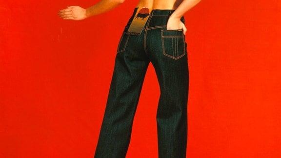 Frau mit Blue-Jeans