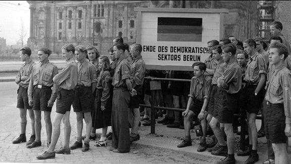 Pfingsttreffen der FDJ in Ost-Berlin Berlin, 6. Mai 1954.