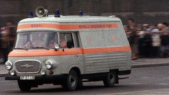 Krankenwagen DDR