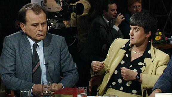 Erich Loest in einer Talkshowrunde.