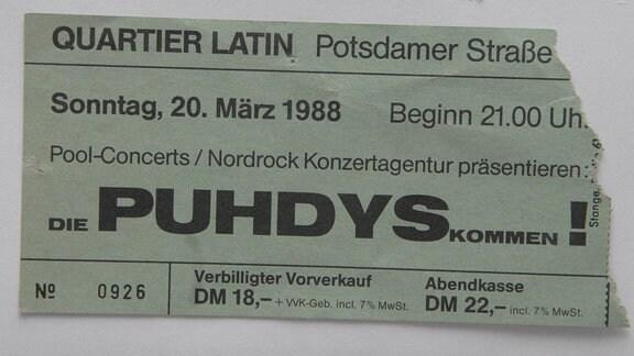 Abgerissene Eintritssskarte für ein Puhdys-Konzert