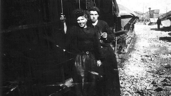 Arbeiter bei der Wismut. In den Bergwerken der Wismut AG wurden von 1946 bis 1990 rund 220.000 Tonnen Uran abgebaut.