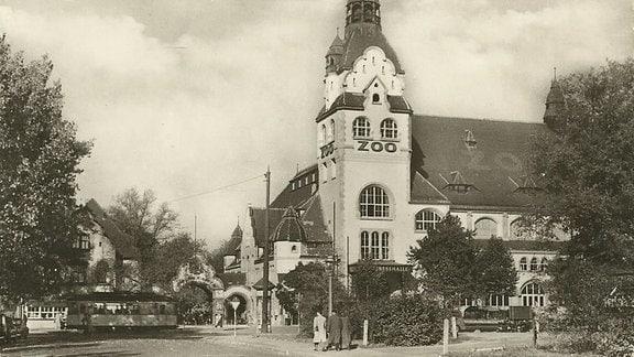 Zoo Leipzig Eingang und Kongresshalle