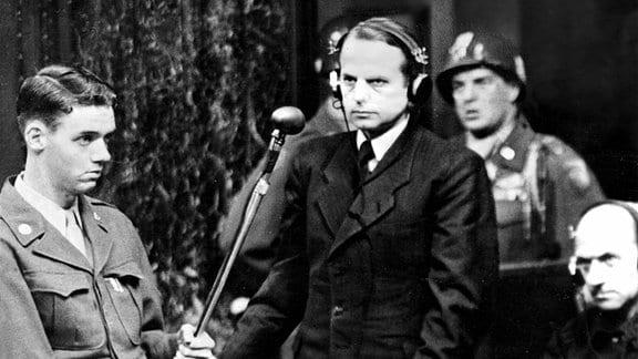 Der SS-Gruppenführer Otto Ohlendorf bei den Nürnberger Prozessen.