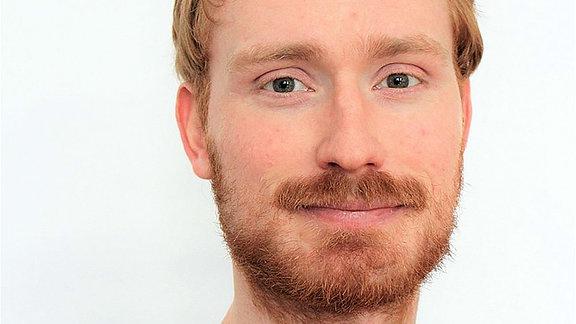 Torben Fischer ist Politikwissenschaftler an der Universität Halle im Lehrbereich Systemanalyse und Vergleichende Politikwissenschaft.