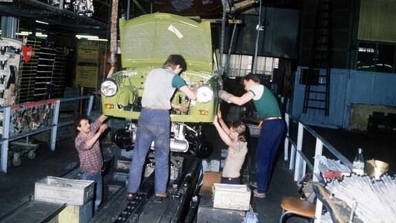 Trabi-Produktion im Werk VEB Sachsenring, Zwickau