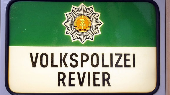 DDR Polizeischild