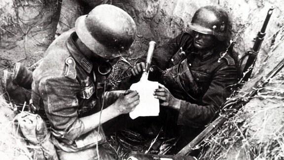 Wehrmachts-Grenadiere in Stalingrad 1942