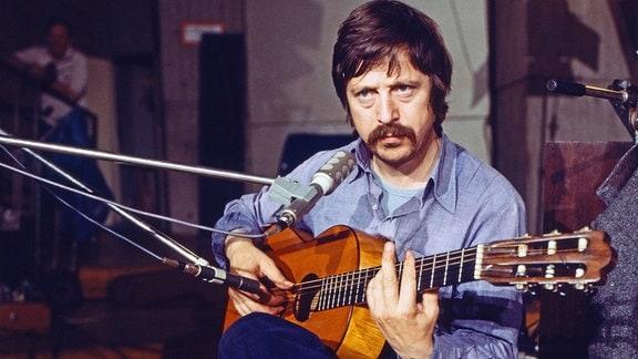 Wolf Biermann bei einem Konzert 1978